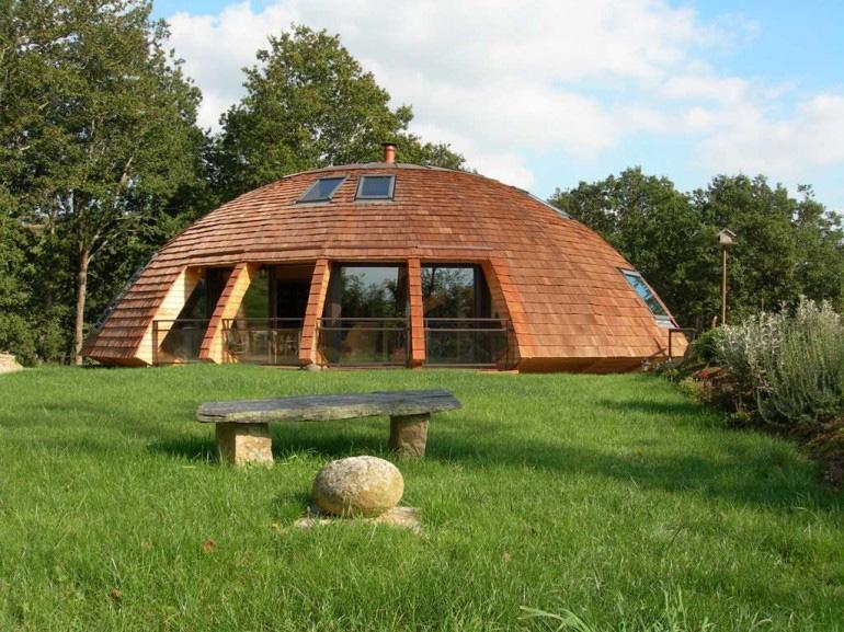 дом-сфера из дерева