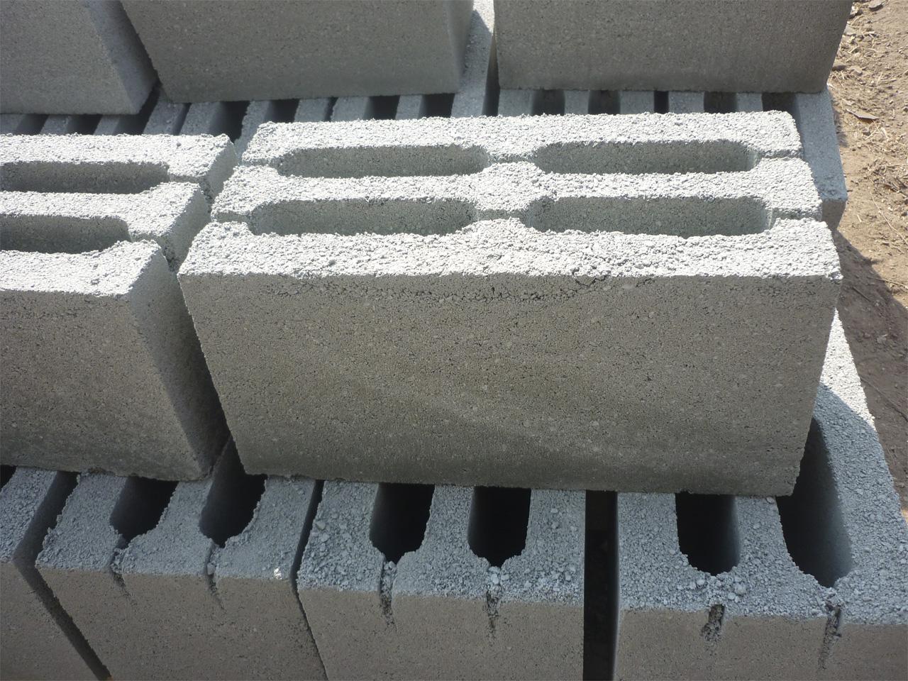 Строительство стен дома из блоков. Долговечность и уют. Керамзитобетонные Блоки