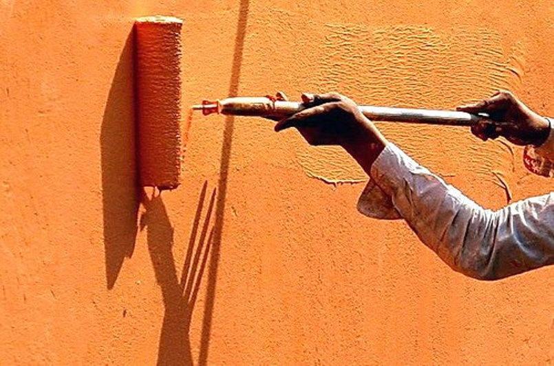 Нанесение рельефной краски на фасад из ОСП листов