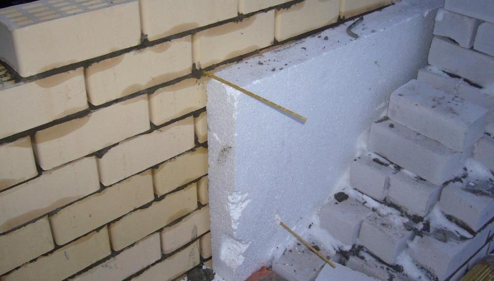 Использование композитной арматуры для слоистой кладки