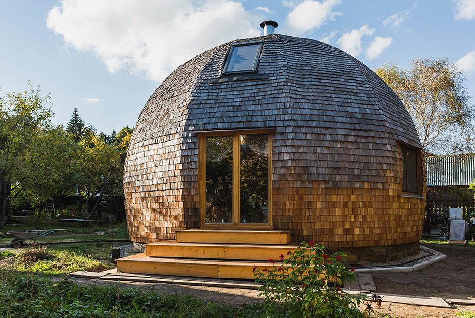 внешний вид деревянного круглого дома